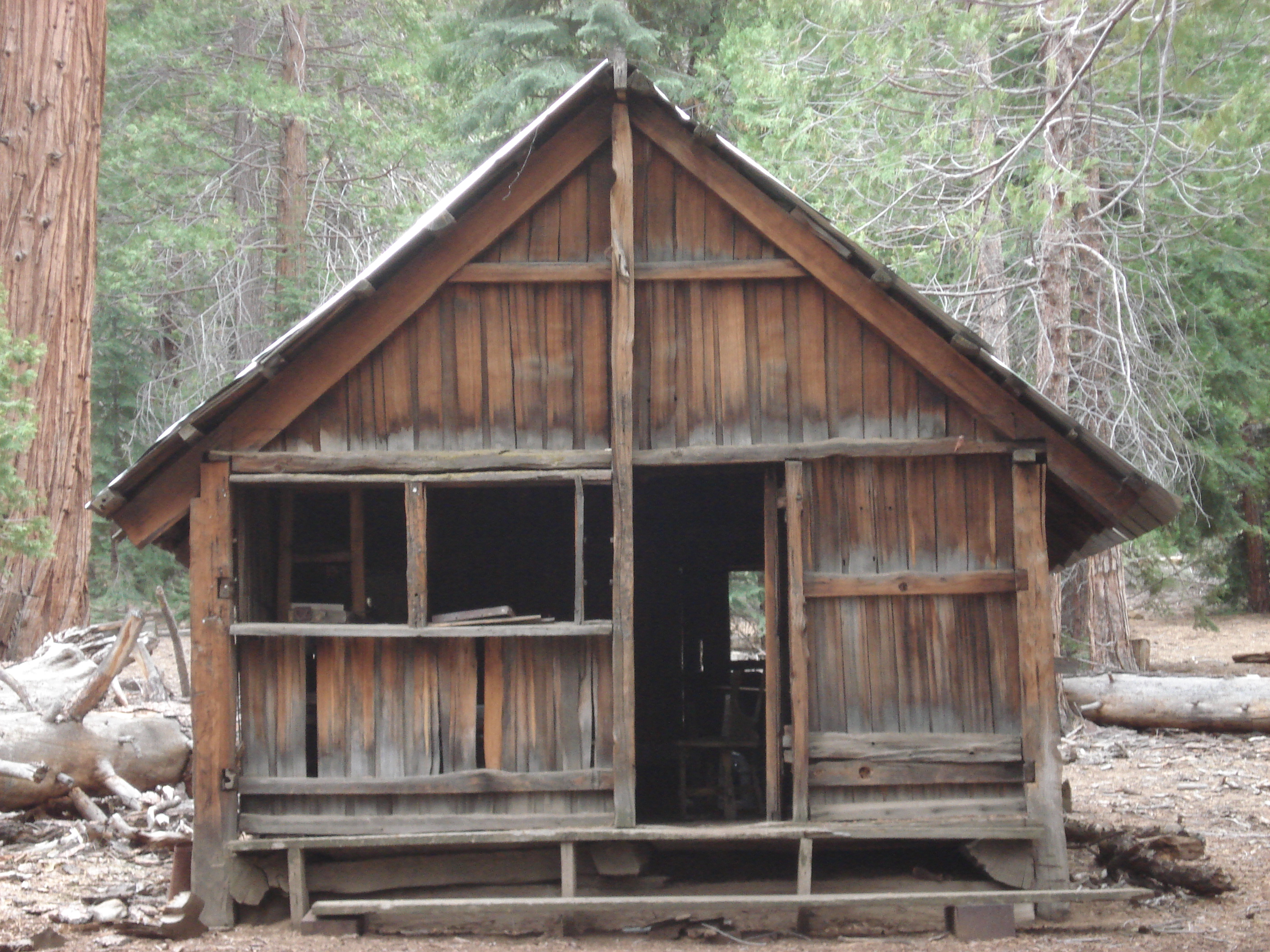 exterior sequoia pin and sashco pinterest cabins woods logs