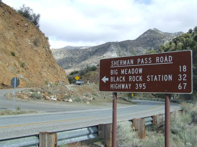 sherman_pass_road_sign