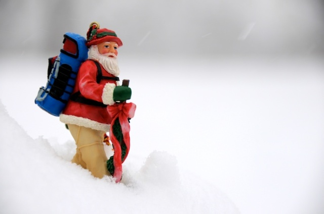 santa_backpacking